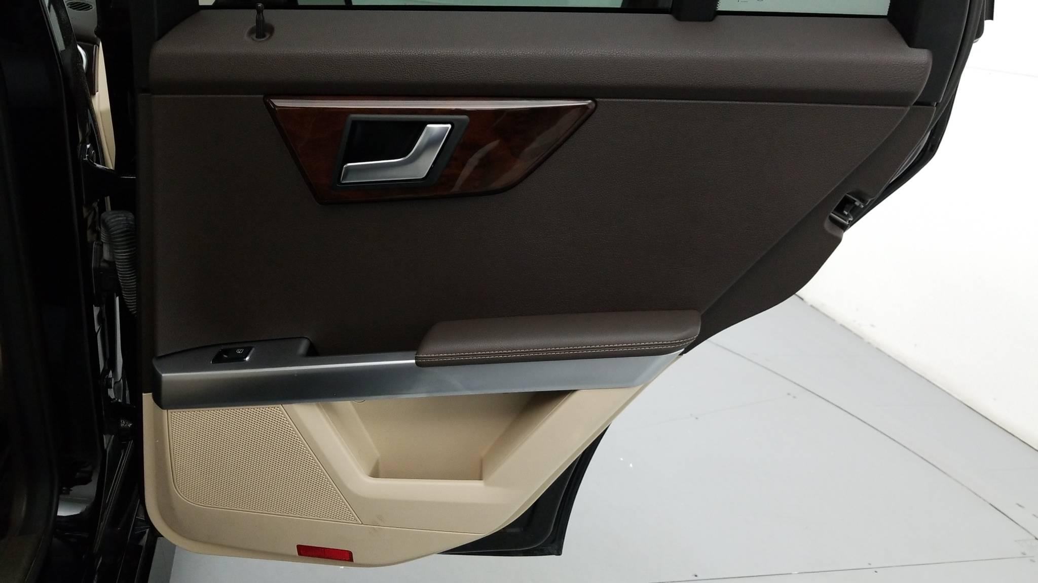 Pre-Owned 2015 Mercedes-Benz GLK 350 GLK 350