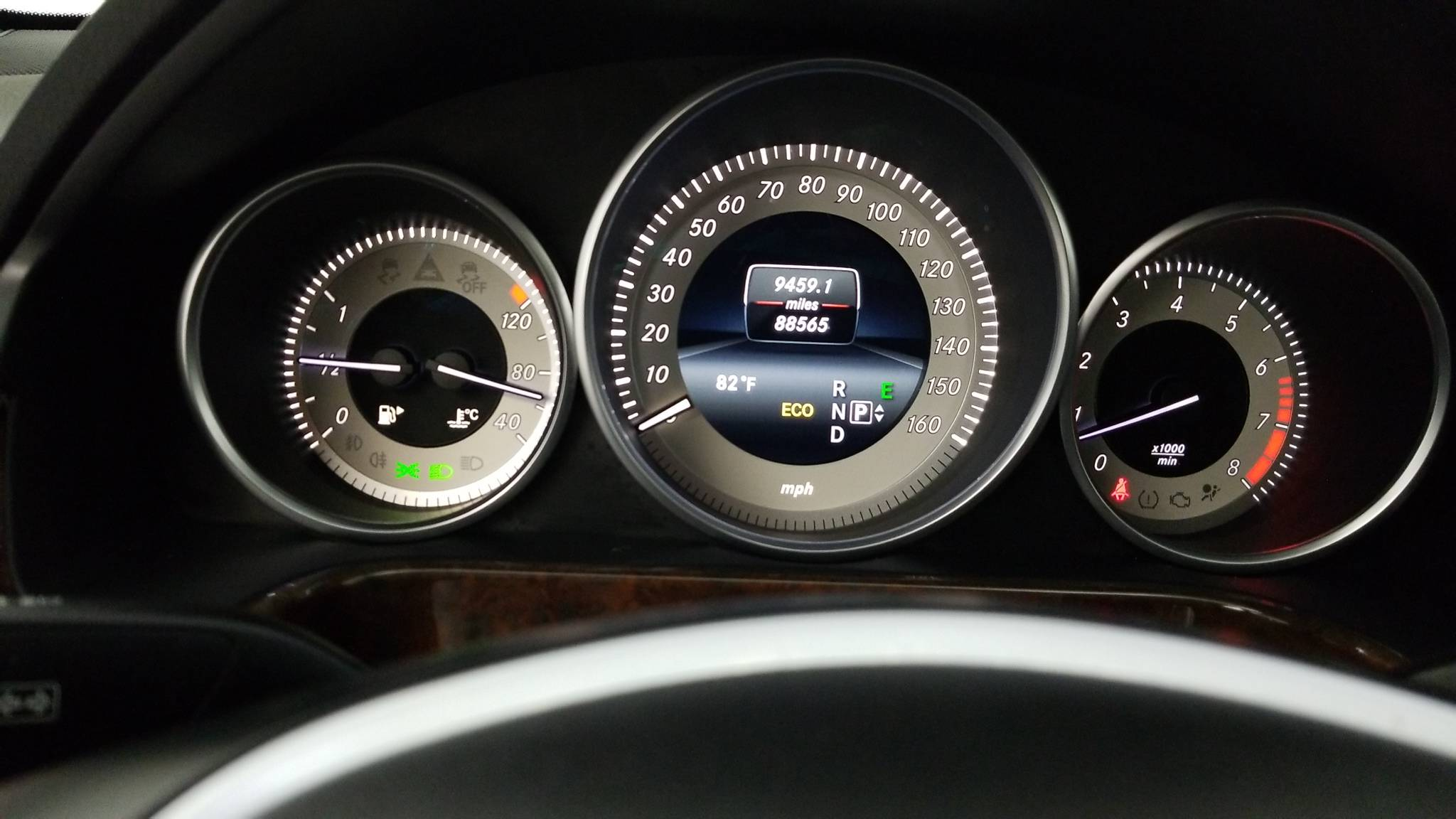 Pre-Owned 2014 Mercedes-Benz E 350 E 350 Sport
