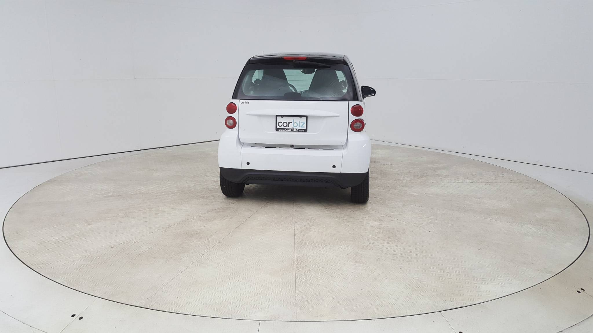 Pre-Owned 2015 smart fortwo Pure