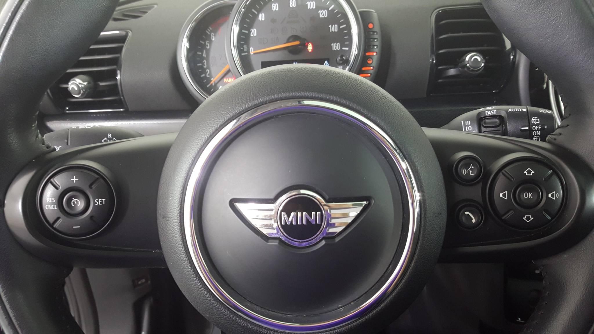 Pre-Owned 2017 MINI Clubman Cooper