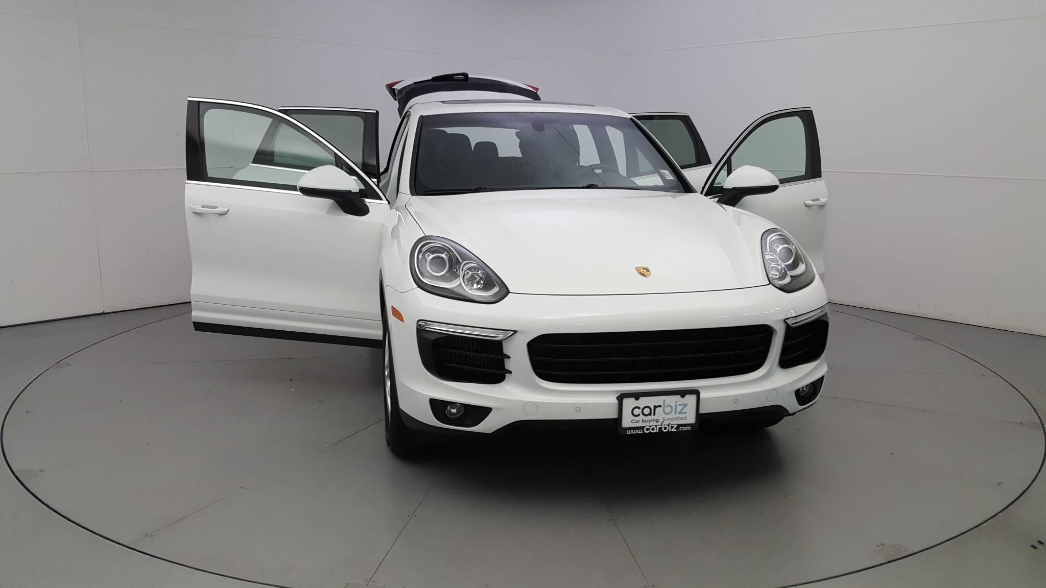 Pre-Owned 2016 Porsche Cayenne S