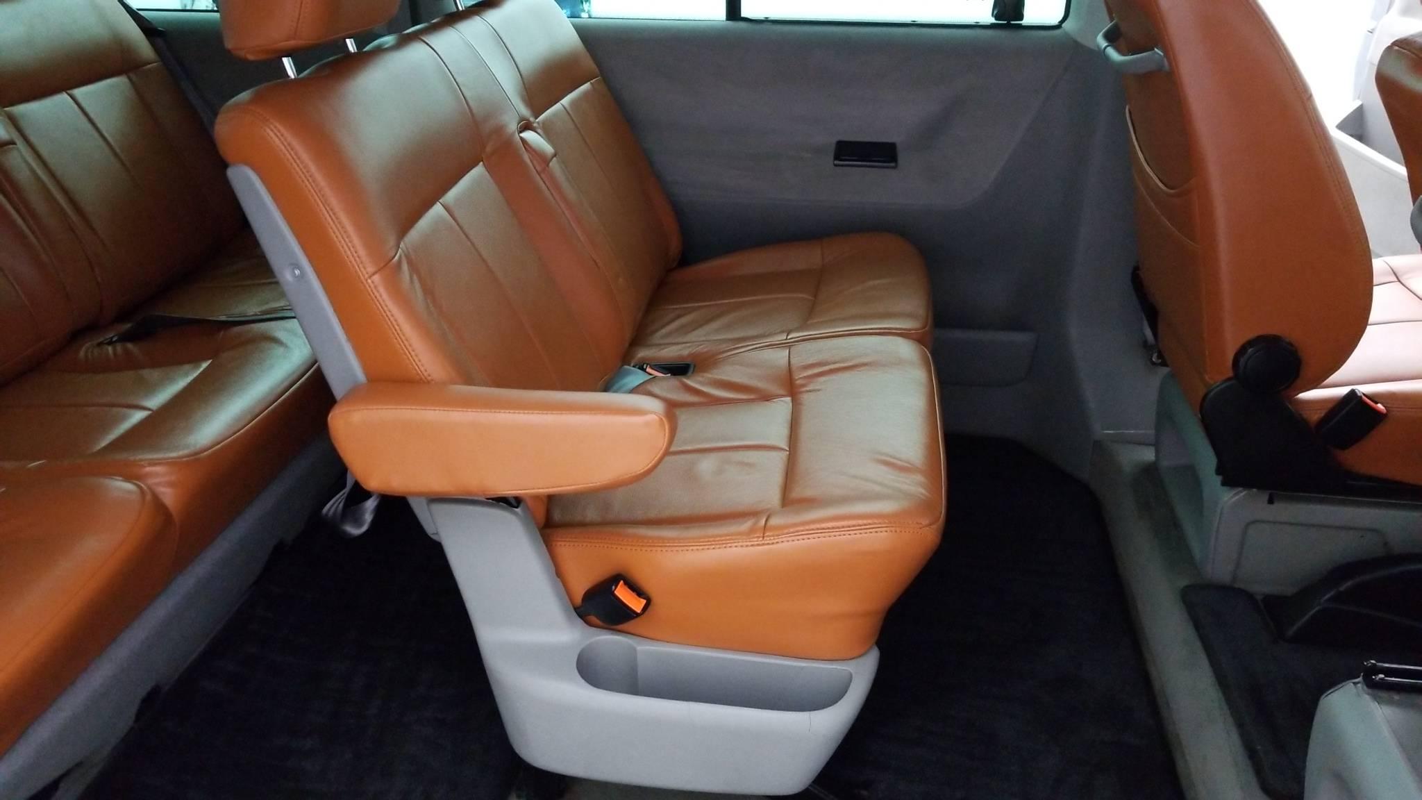 Pre-Owned 2000 Volkswagen EuroVan GLS