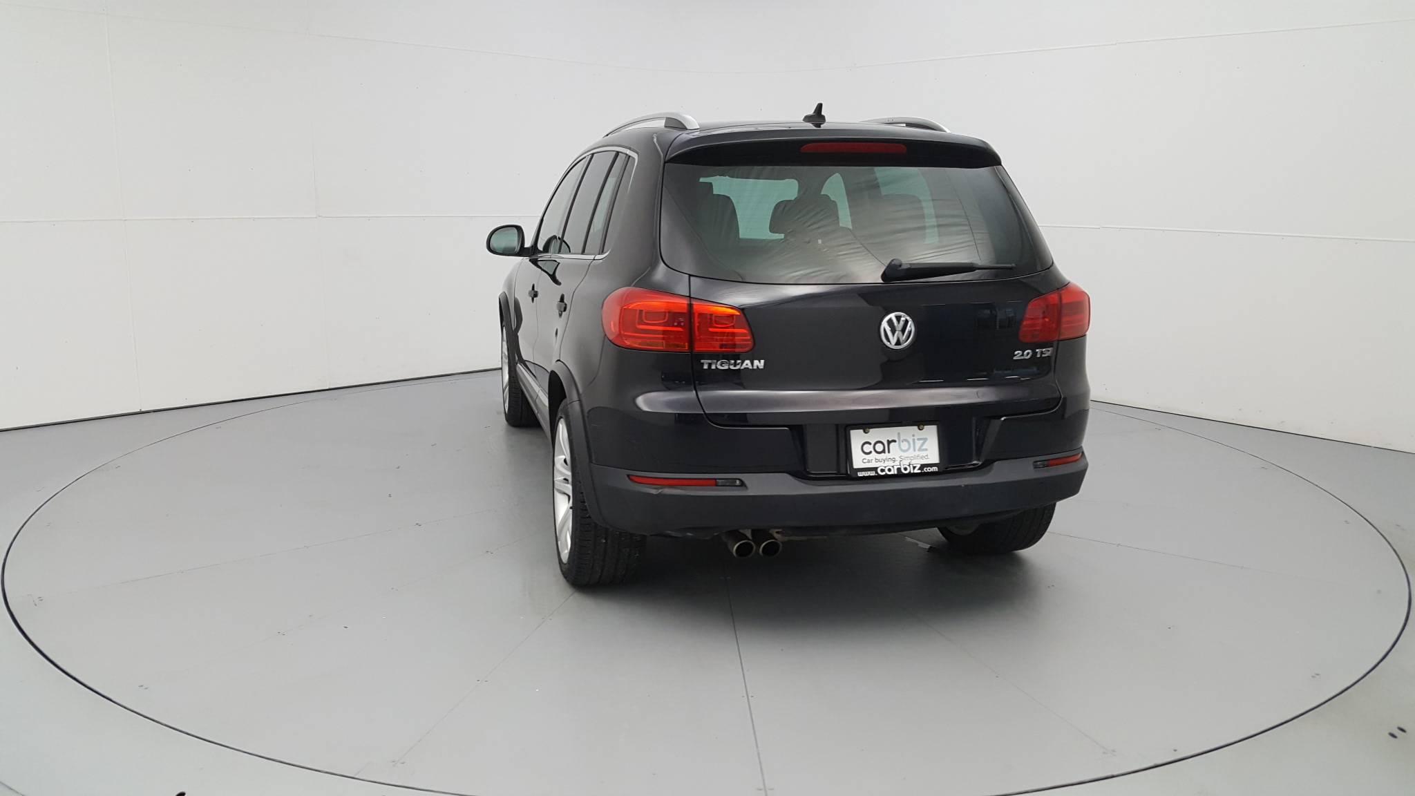 Pre-Owned 2013 Volkswagen Tiguan SEL