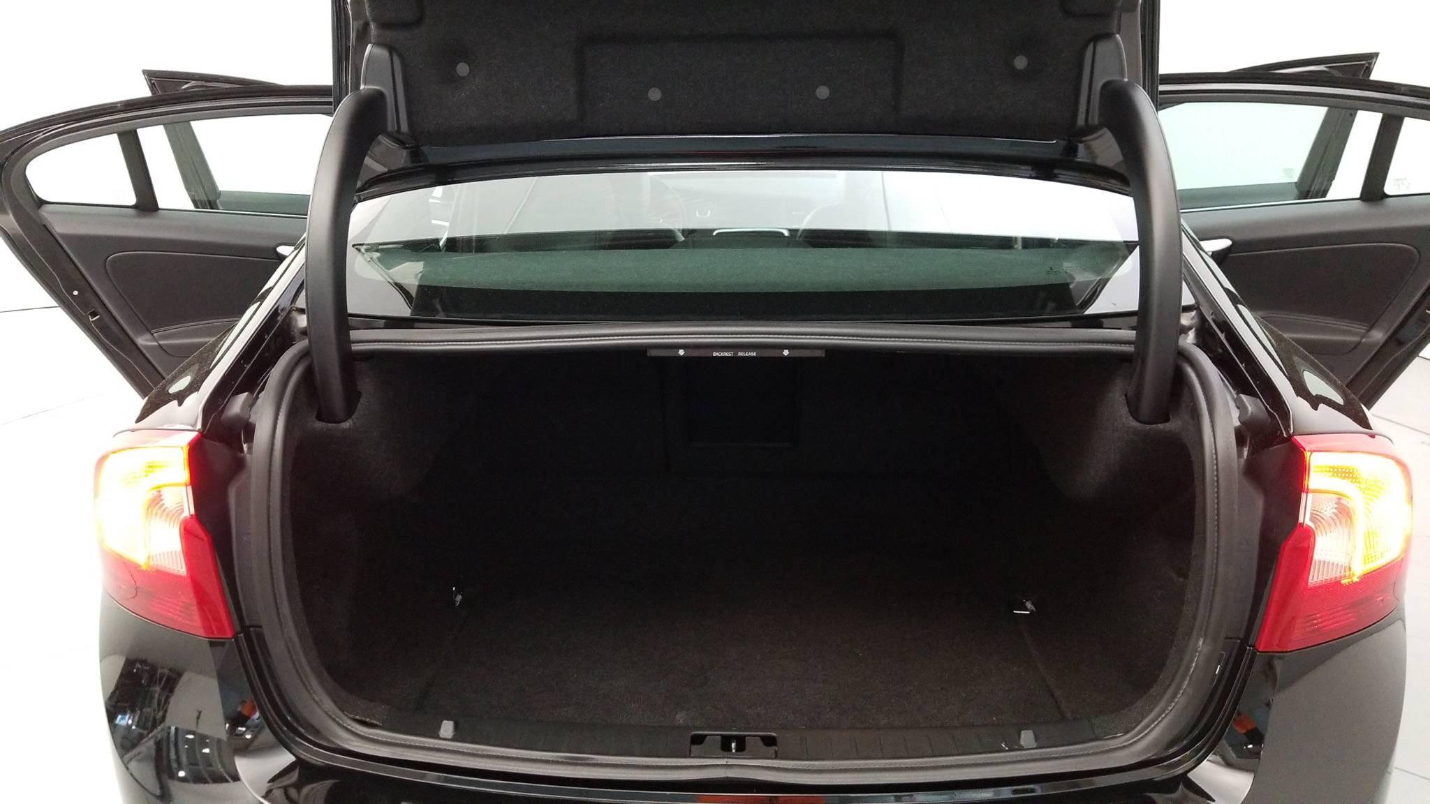 Pre-Owned 2016 Volvo S60 T5 Drive-E Premier