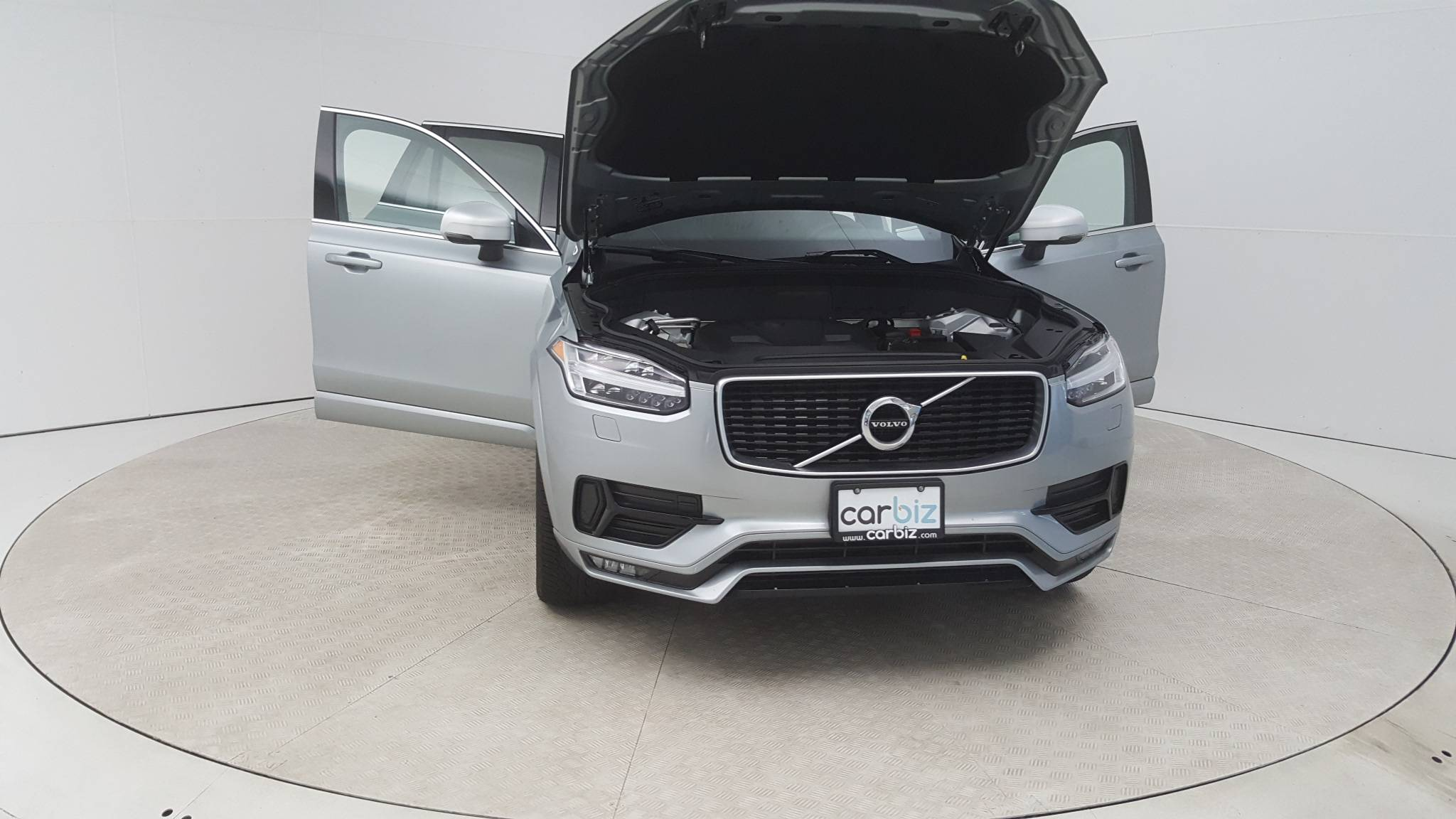 Pre-Owned 2016 Volvo XC90 T6 R-Design