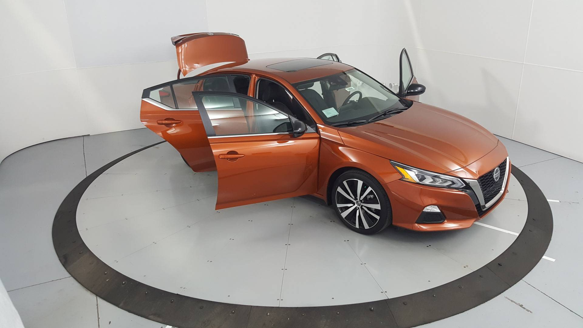 2020 Nissan Altima 4dr Car