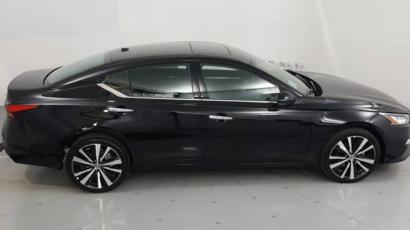 2021 Nissan Altima 4dr Car