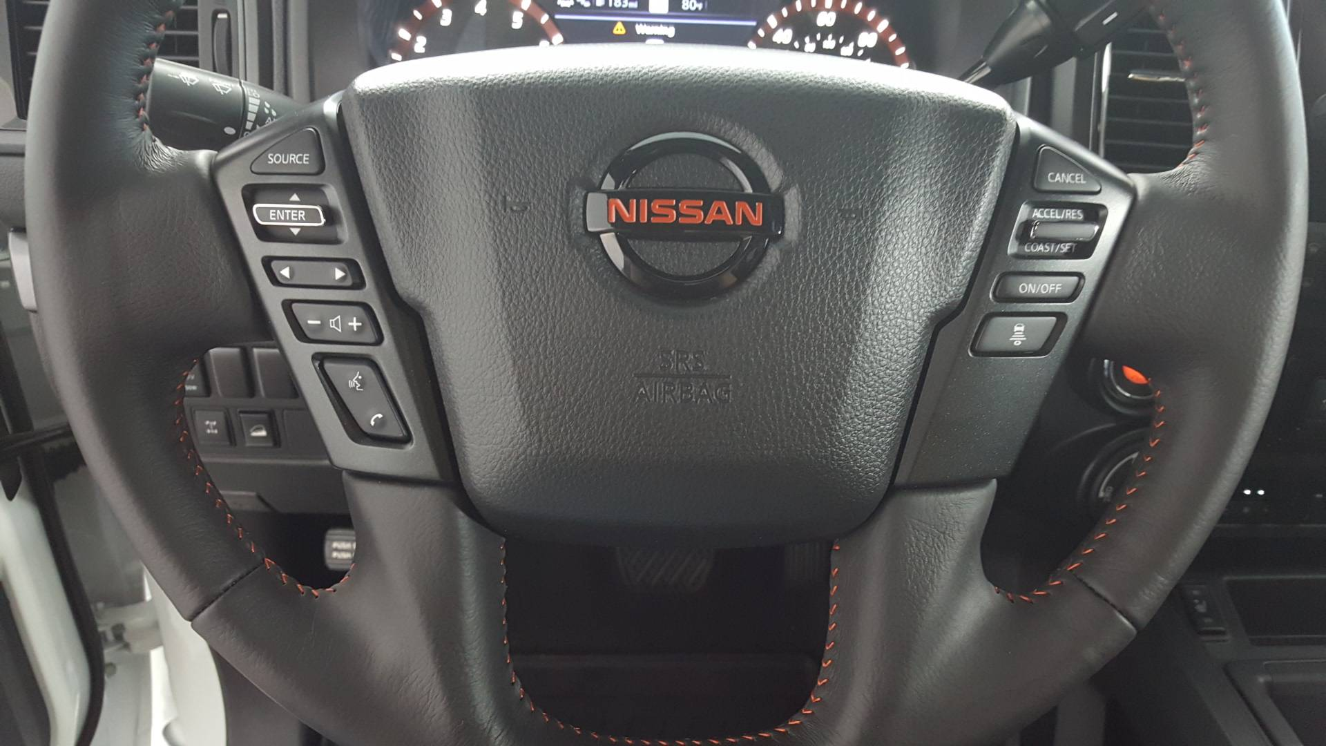 2020 Nissan Titan Short Bed