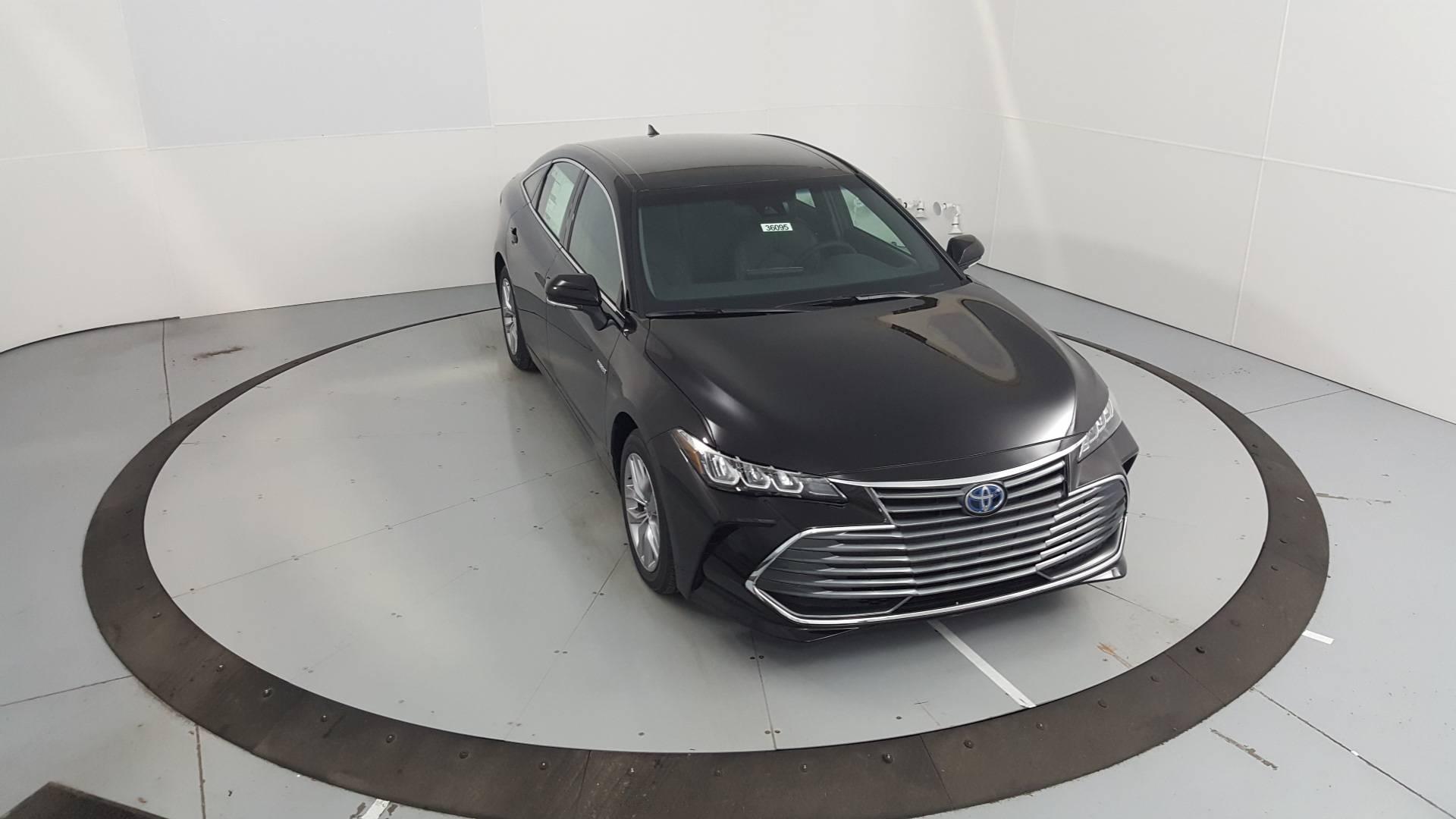 2020 Toyota Avalon Hybrid 4dr Car