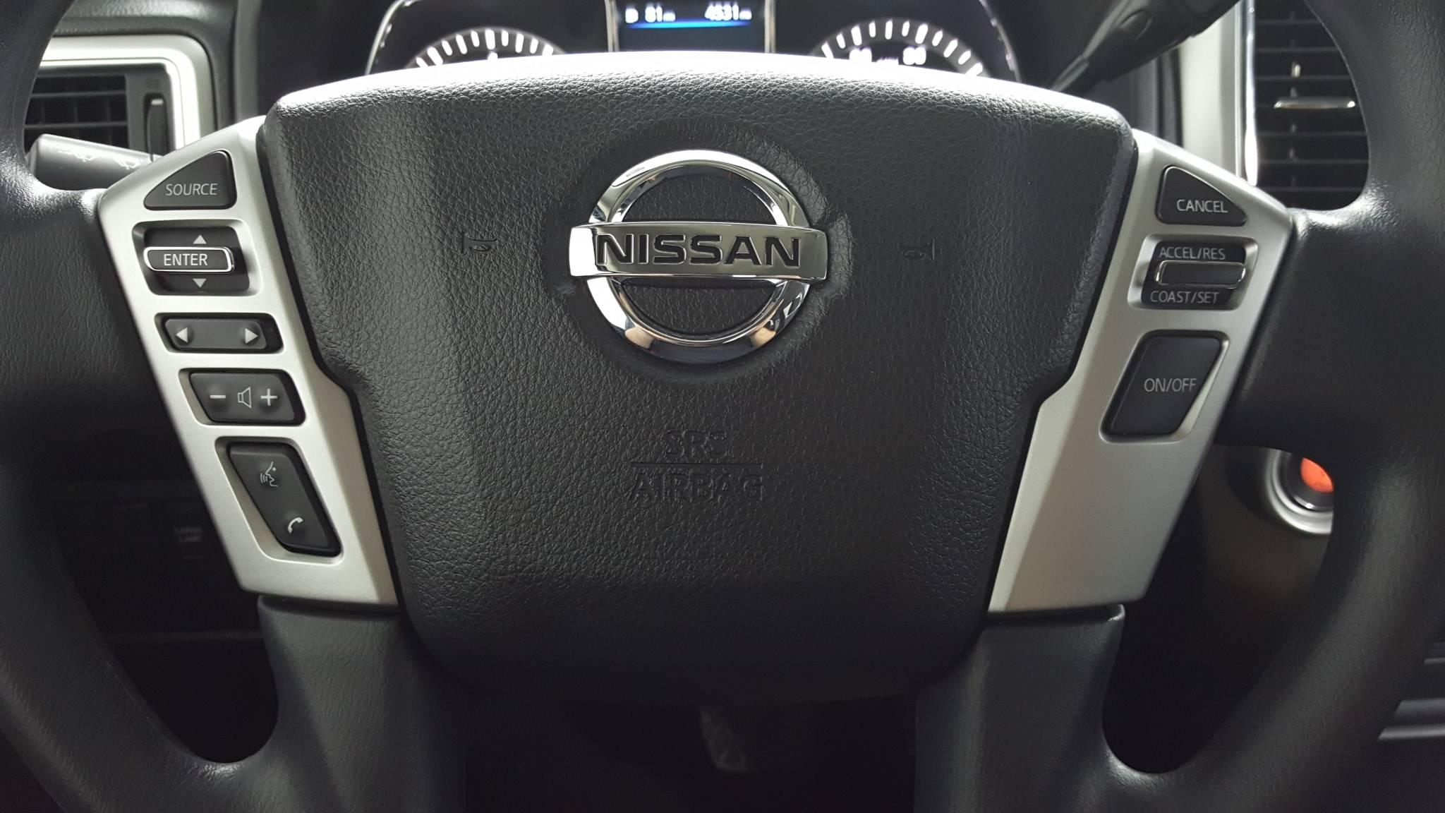 2019 Nissan Titan Short Bed