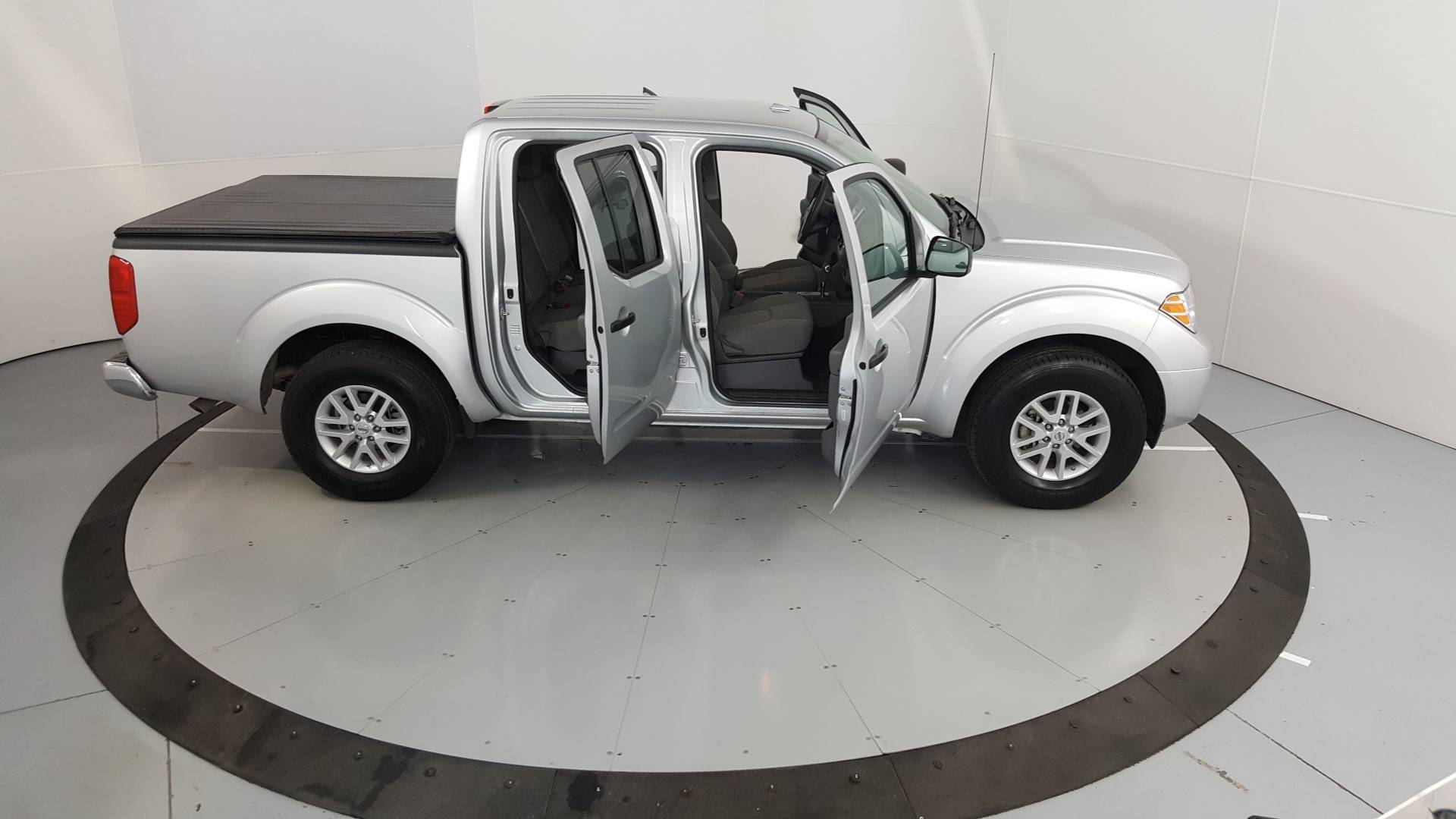 2018 Nissan Frontier Short Bed