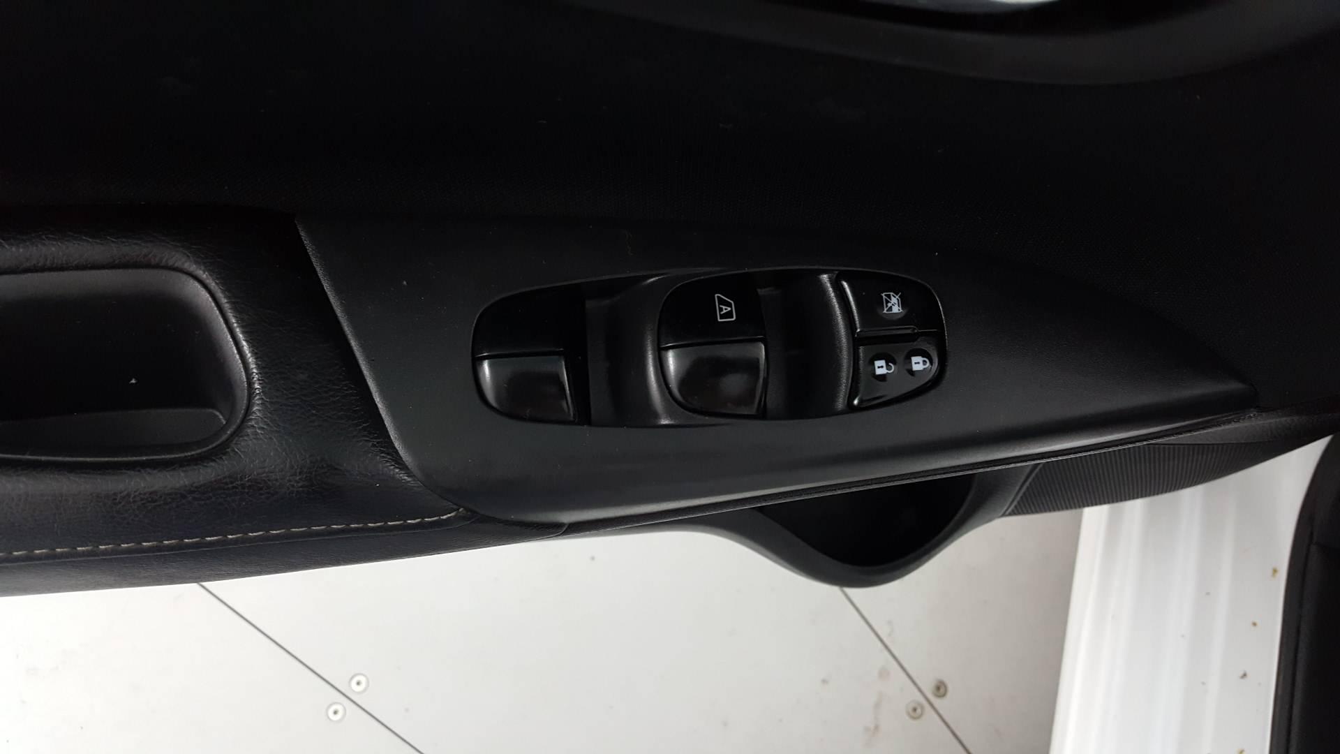 2016 Nissan Sentra 4dr Car