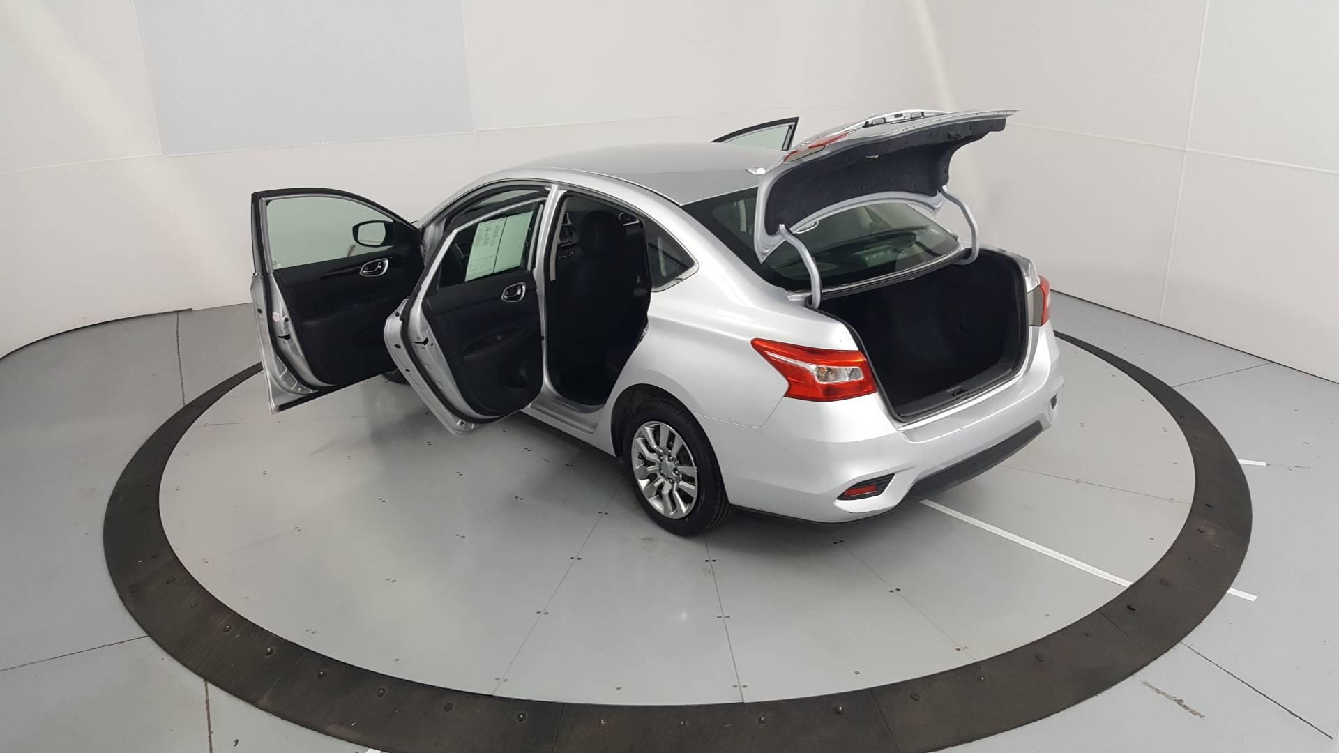 2017 Nissan Sentra 4dr Car