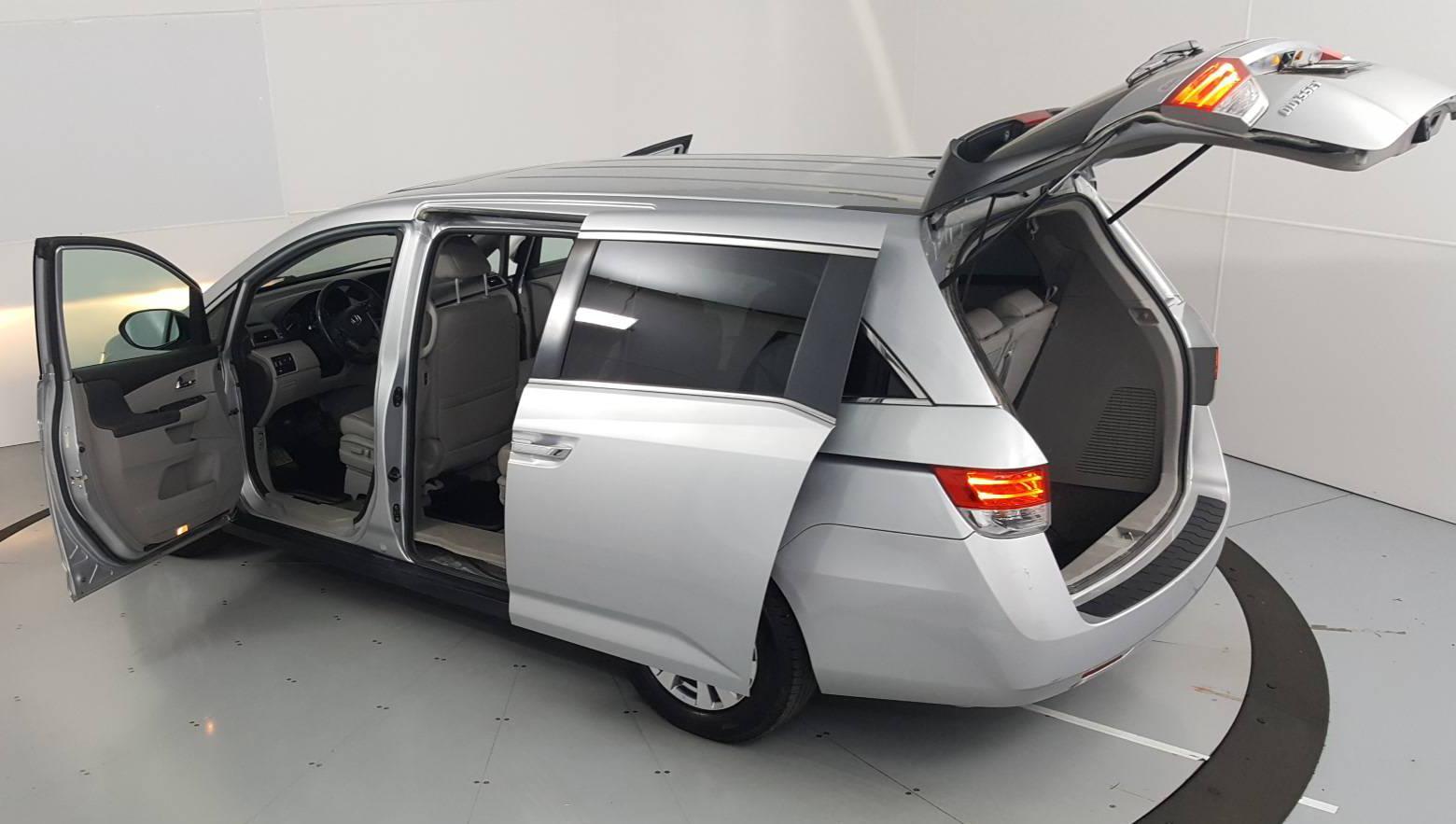 2014 Honda Odyssey Mini-van, Passenger