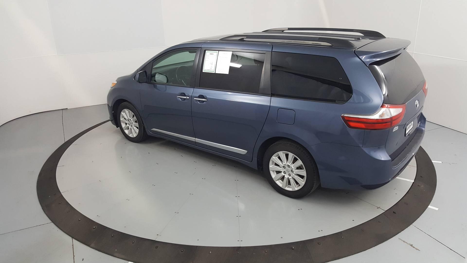 2015 Toyota Sienna Mini-van, Passenger