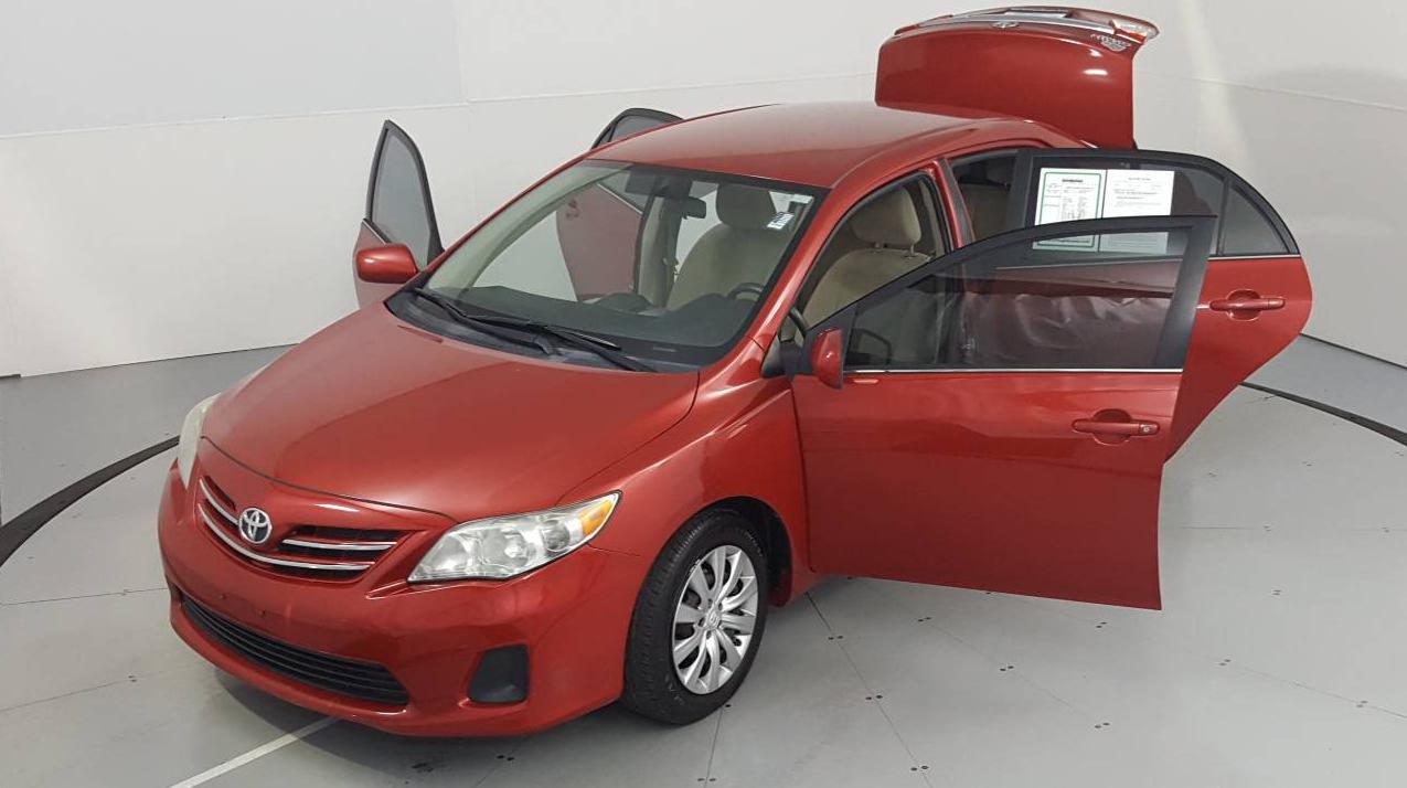 2013 Toyota Corolla 4dr Car