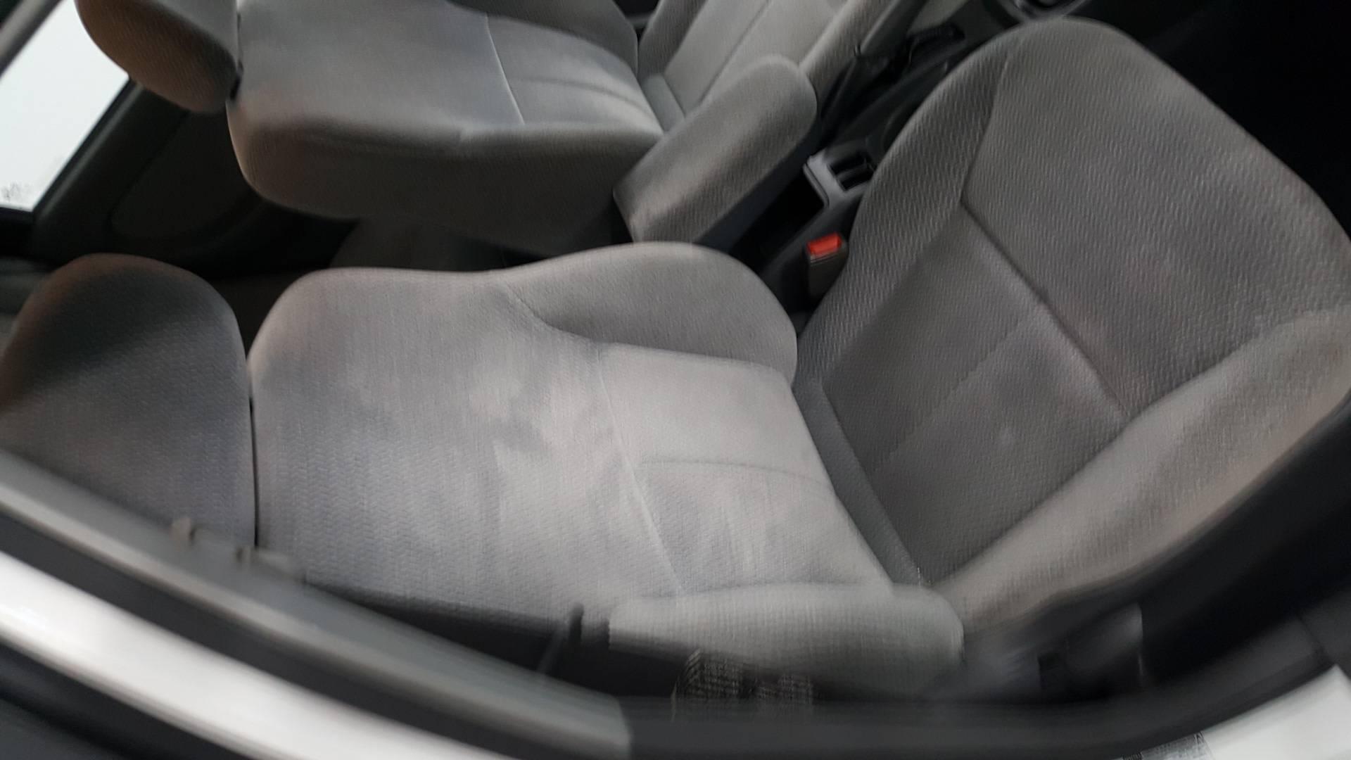 2003 Kia Spectra 4dr Car